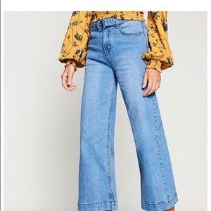 Gianni Bini Belted Wide Leg Crop Jeans Large
